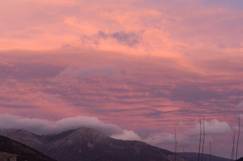 Η θέα των βουνών απ' τη Δάφνη © Γιάννης Καστρίτσης